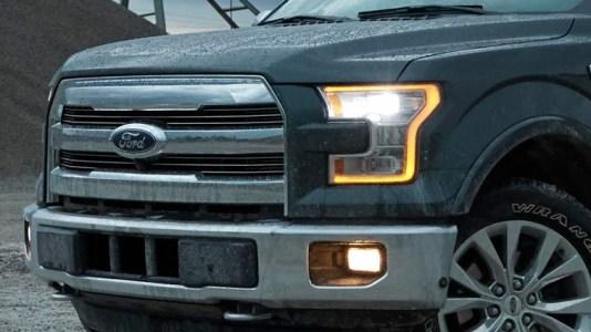 f1515_models_detailflip_ledheadlamps